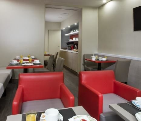 Hôtel des Pavillons – Breakfast